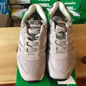 Diadora Grey Sneakers